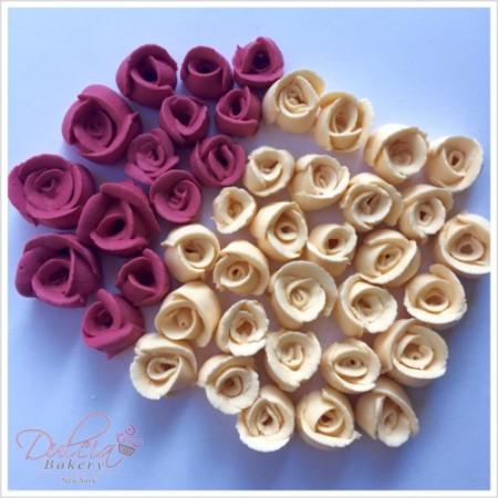 burdongy royal icing roses