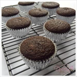 Chocolate stout and irish cream liqueur cupcakes